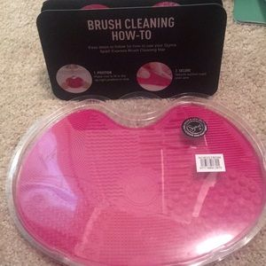 Sigma brush cleaning may NWT